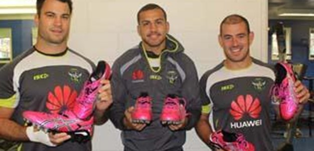 WIL - Pink ASICS Boots Auction