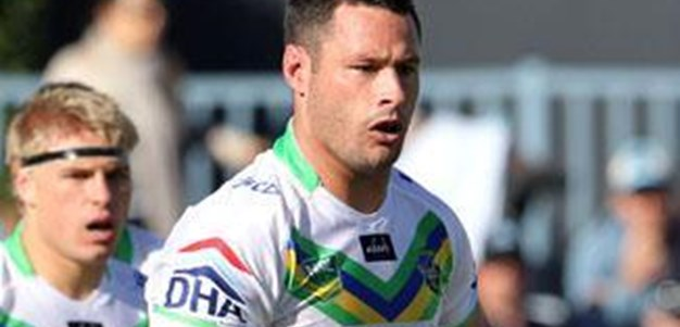 Brett White Re-Signs with the Raiders