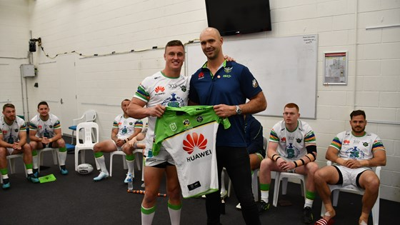 Tilse presents Wighton with 150 club games jersey