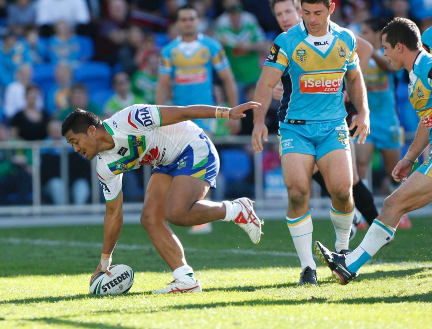 Digital Image Charles Knight nrlphotos.com : Anthony Milford scores : Gold Coast Titans v Canberra Raiders at Cbus Stadium Sunday 13h of July 2014.