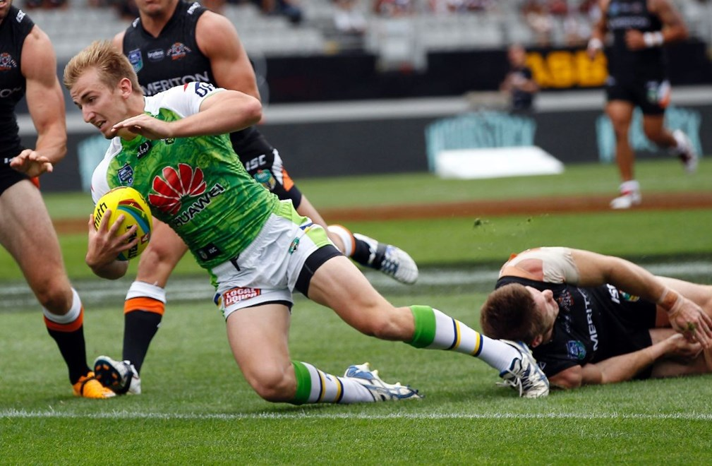 Raiders Lachlan Crocker scores a try:           NRL Auckland Nines, Game 5 Tigers v Raiders at Eden Park, Saturday January 31st. Digital image by Shane Wenzlick, copyright nrlphotos.com