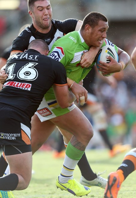 Josh Papalii  : Digital Image by Robb Cox ©nrlphotos.com: :NRL Rugby League - Wests Tigers V Canberra Raiders at Leichhardt Oval. Sunday April 19th 2015.