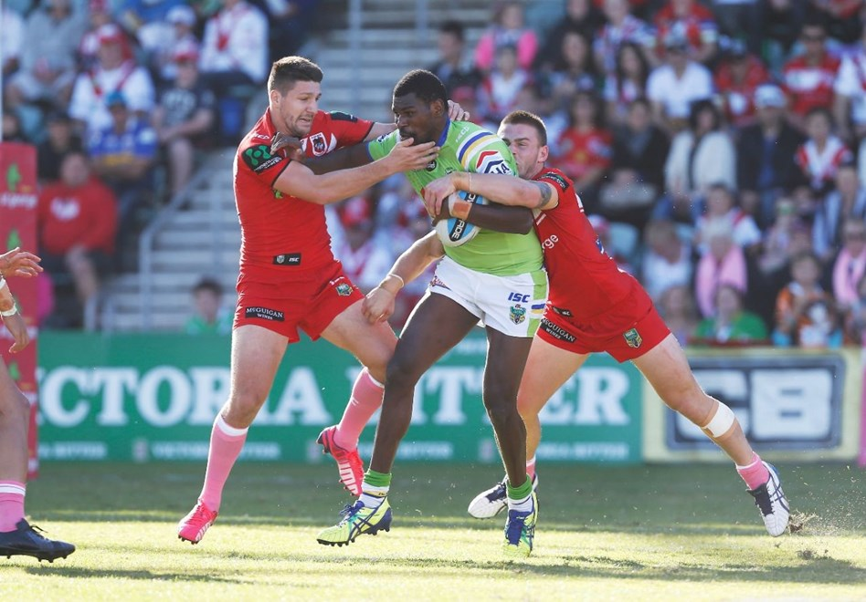 Edrick Lee : Image by Robb Cox ©nrlphotos.com: :NRL Rugby League - St George Illawarra Dragons V Canberra Raiders at WIN Stadium, Sunday May 17th 2015.