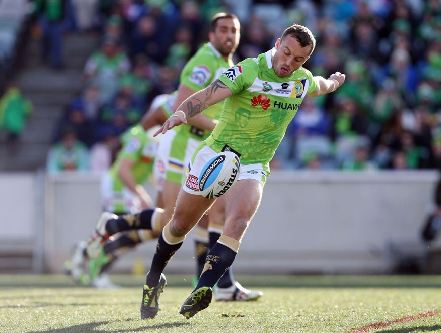 Josh Hodgson :NRL Rugby League - Raiders V Sharks at GIO Stadium, Saturday July 18th 2015. Digital Image by Robb Cox ©nrlphotos.com