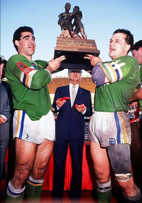 Mal Meninga and Dean Lance lift the Winfield Cup in 1989