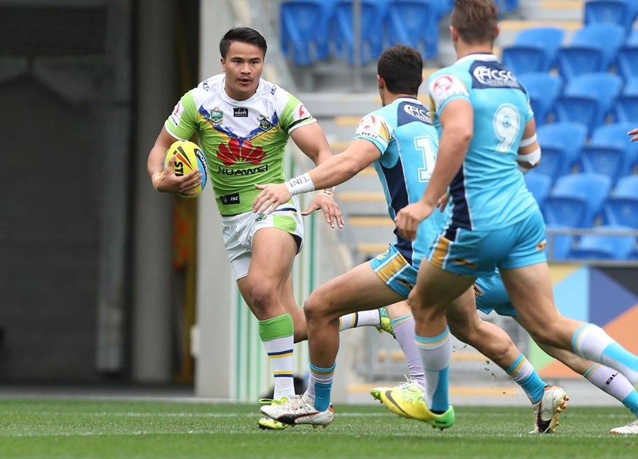 : Digital Image by Charles Knight copyright NRLphotos. NRL Rugby League, Gold Coast Titans v Canberra Raiders, Cbus Super Stadium, August 23rd, 2015.
