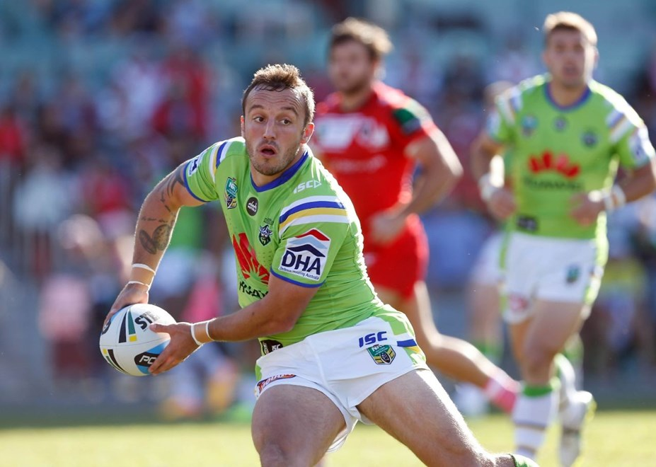 Josh Hodgson : Image by Robb Cox ©nrlphotos.com: :NRL Rugby League - St George Illawarra Dragons V Canberra Raiders at WIN Stadium, Sunday May 17th 2015.