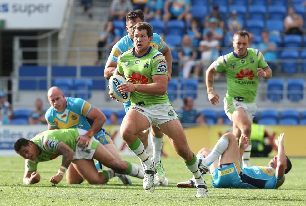 Jarrad Kennedy : Digital Image by Charles Knight copyright NRLphotos. NRL Rugby League, Gold Coast Titans v Canberra Raiders, Cbus Super Stadium, August 23rd, 2015.