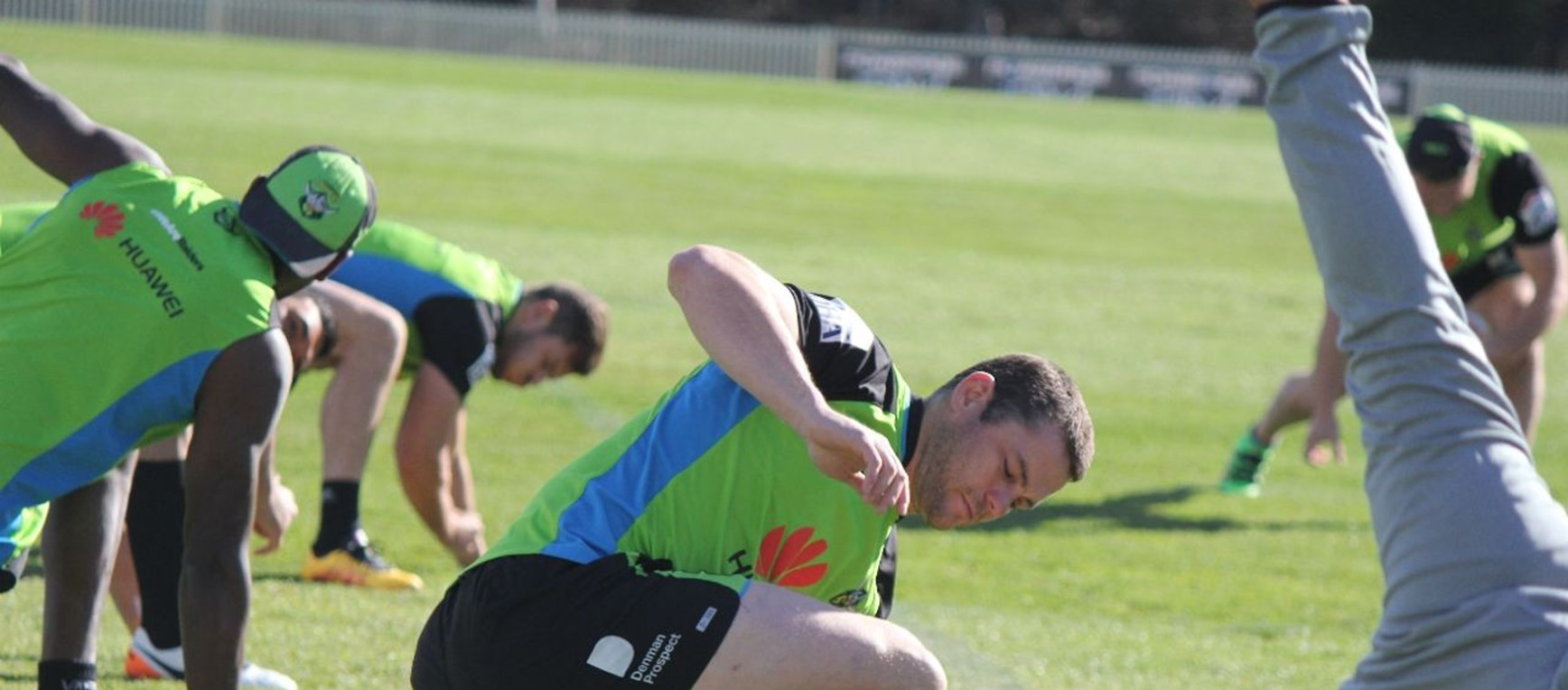 Gallery: Raiders stretch out before jetting off