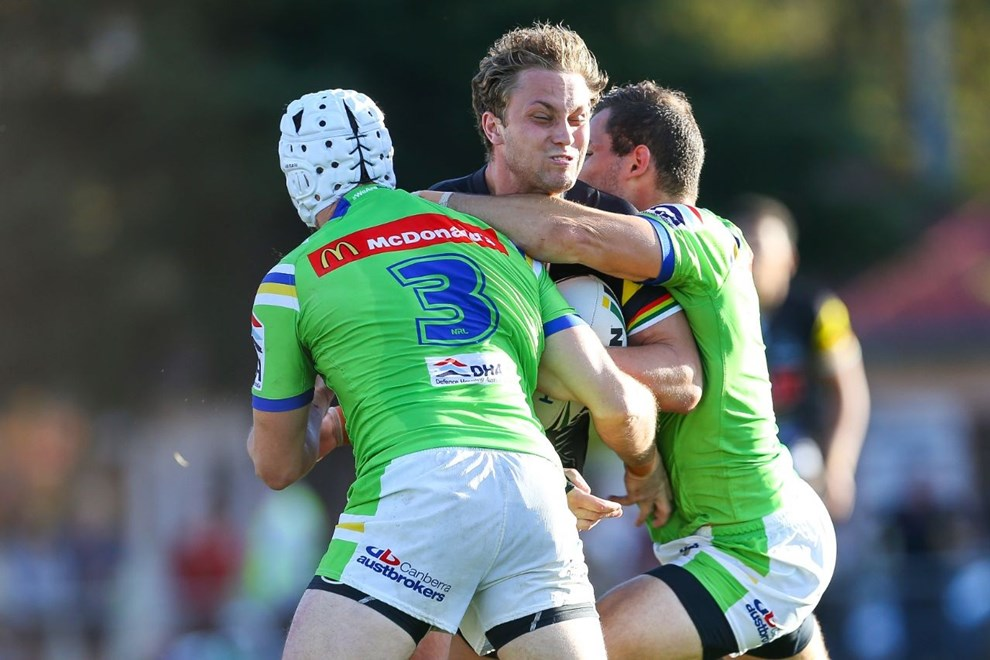 Competition - NRL Premiership Round - Round 09 Teams - Penrith Panthers v Canberra Raiders - 30th of April 2016 Venue - Carrington Park, Bathurst, NSW, Photographer - Paul Barkley