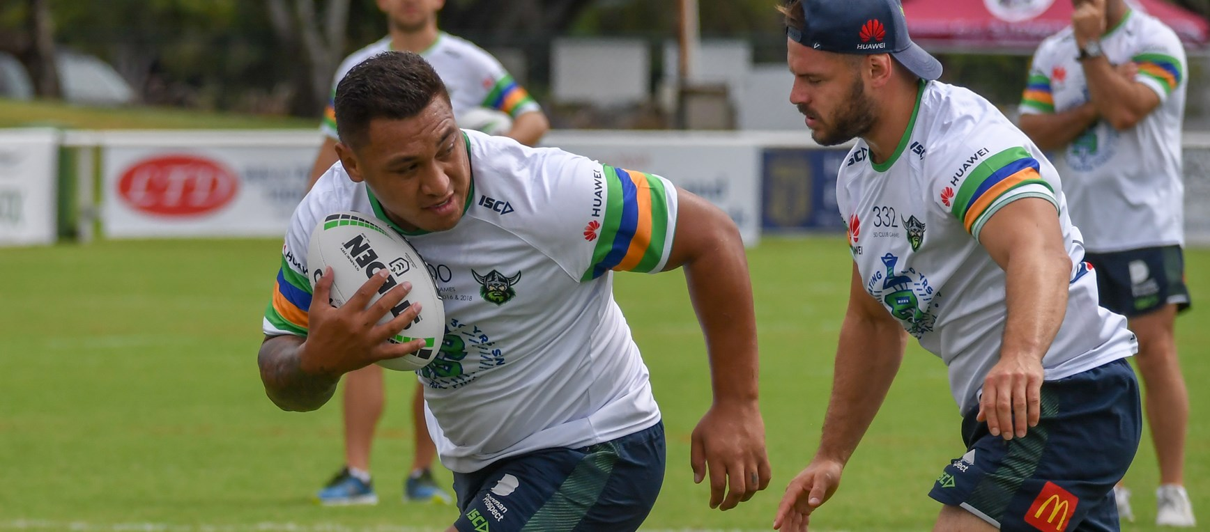 Captains Run: Raiders v Titans