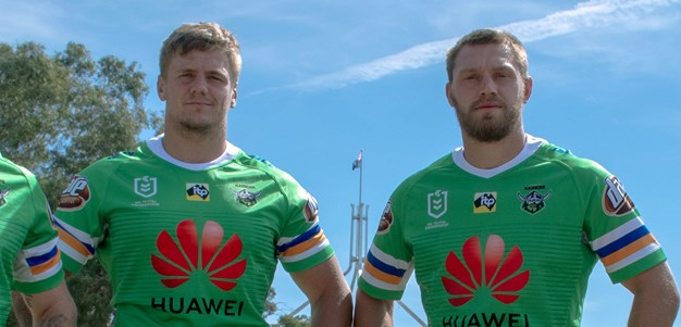 Whitehead and Sutton to remain Raiders