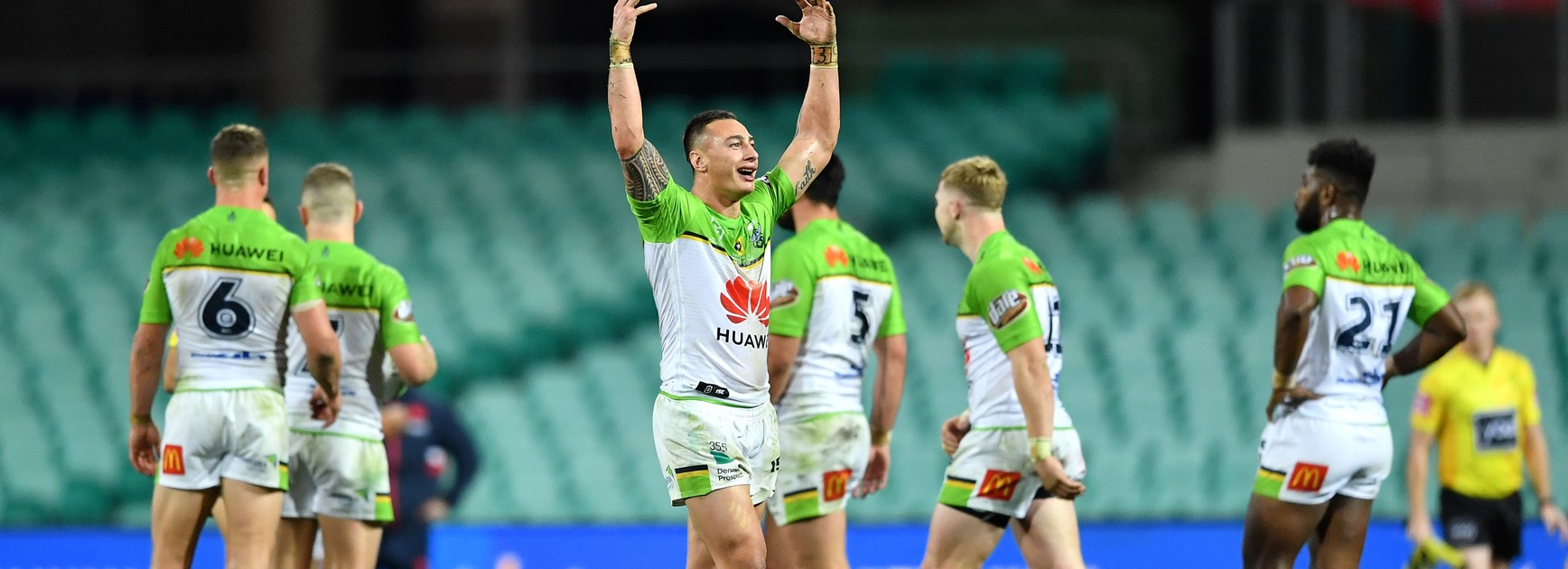 Raiders Outlast Roosters