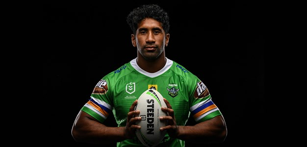 Heart and Soul: Sia Soliola Re-Signs with the Raiders